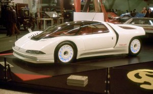 In 1984, Peugeot also produced a concept car, the Quasar, that utilized the 205 T16 chassis and drivetrain. It featured 600 HP and a lot of advanced cool bits!